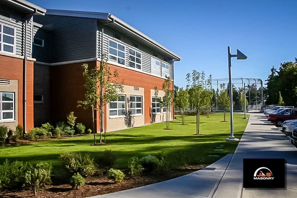 Mt Rainier High School-003_Mt. Ranier High School 3_20070910